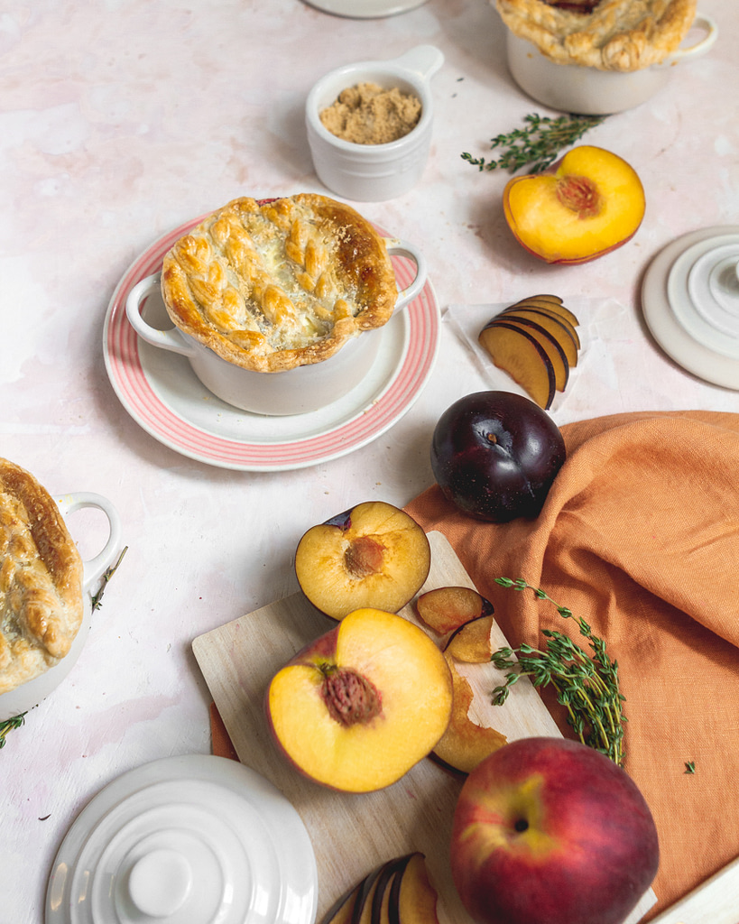 cocotte pie with peaches