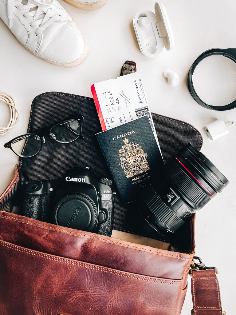How to pack a camera bag for travel